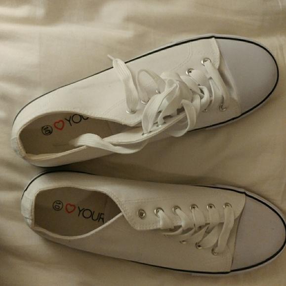 fe9c5a57029 Canvas sneakers wide width